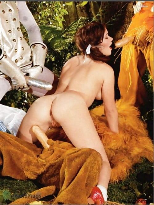 Naked women hot porn