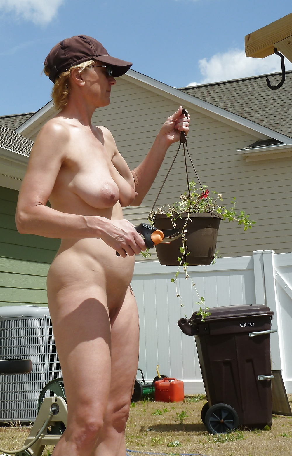 Amazing Blonde Woman With Big Boobs, Kyra Hot Is Having Hardcore Sex With Her Handsome Gardener