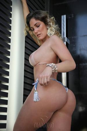 Ana Lucia nackt Fernandes ISABELL HORN