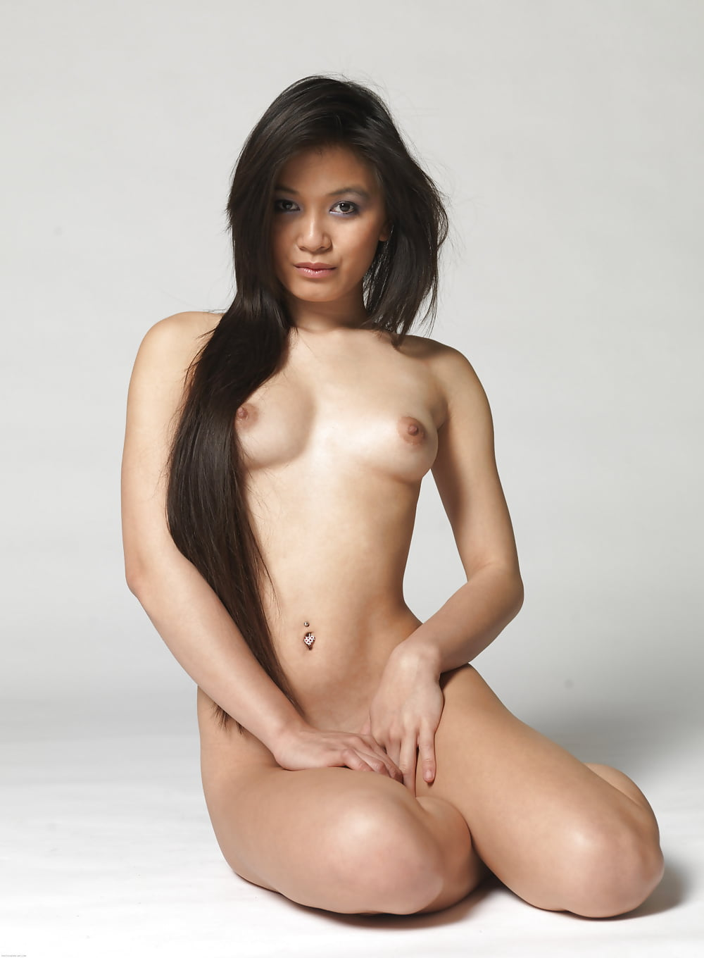 Indonesian nudes girls with long hair