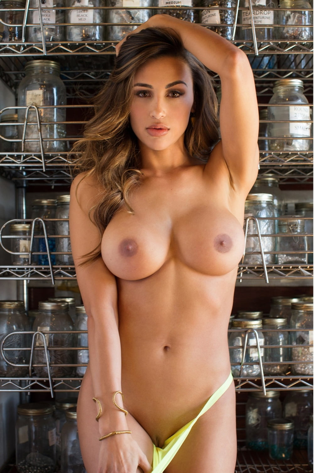 anna-beson-nude-pic