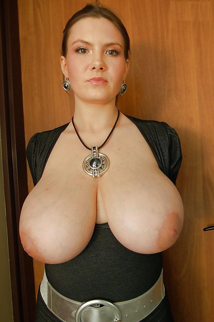 Free Big Tit Milf Porn, Huge Nude Boobs Pics