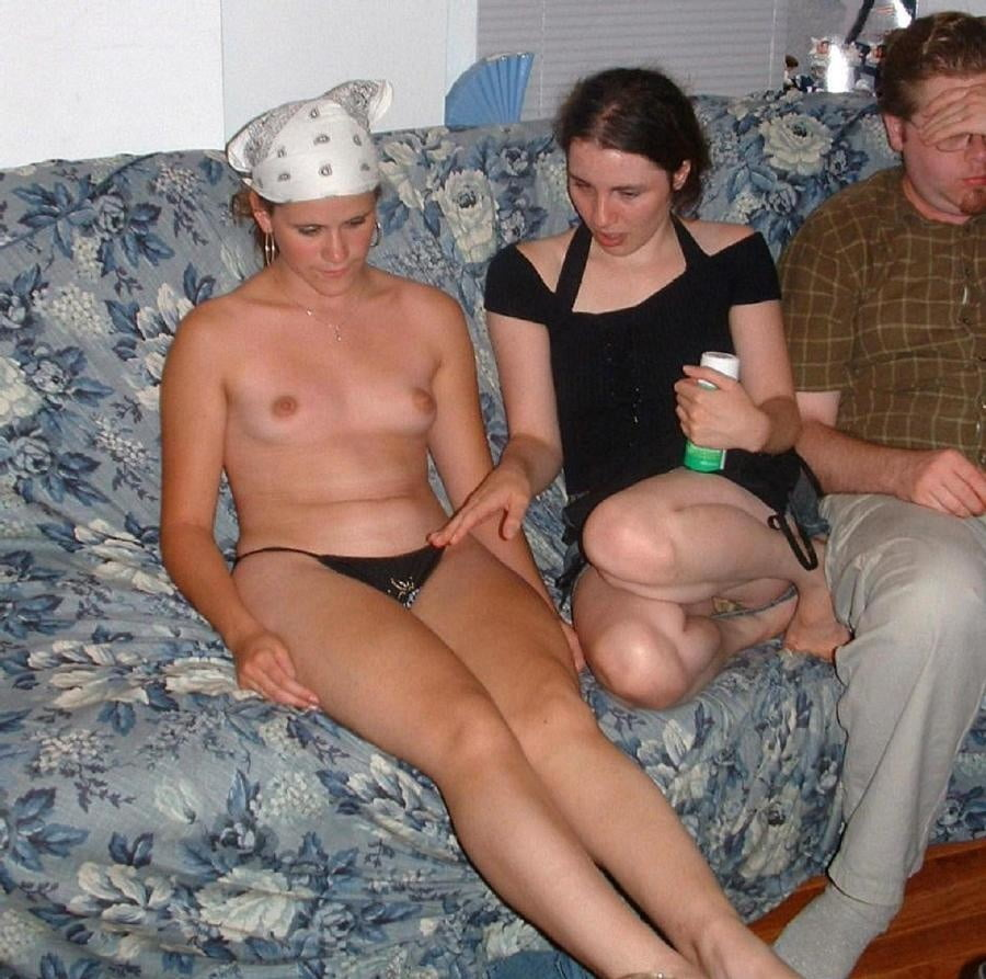 Bad parenting mom nude fail pics