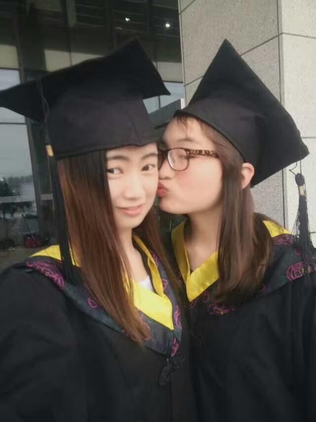 Zhenghongyan's real photo - 52 Pics