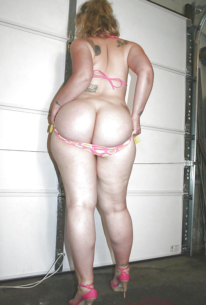 Pawg crystal bottoms working