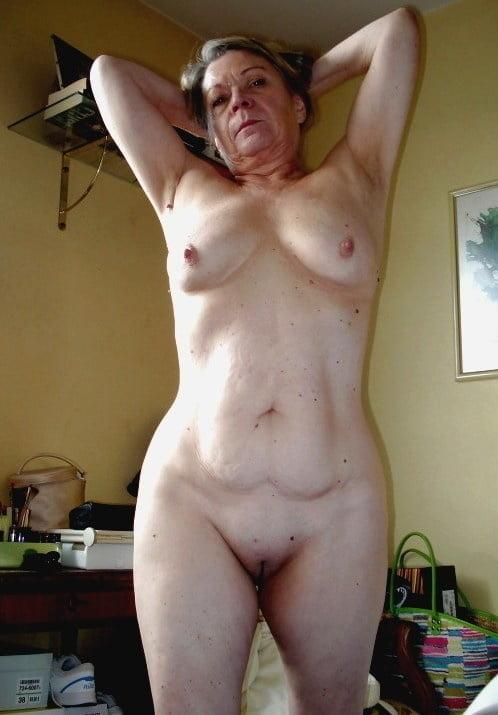 Horny older women near me-4507