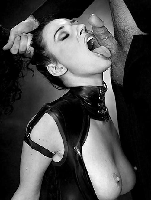 красивая рабыня дрочит член господину фото - 3