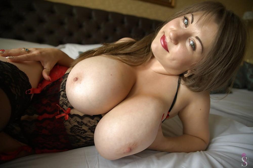 big-boob-cams