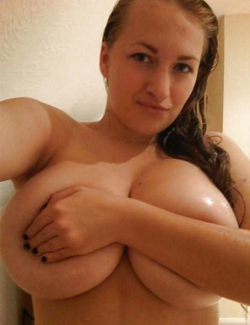 thick-nude-hand-bra