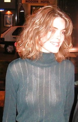 Julie Andrieu French Journalist Downblouse In C A Vous 7 Pics