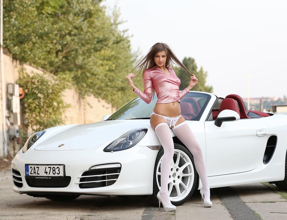 Porsche girls naked, yvonne de carlo nudist