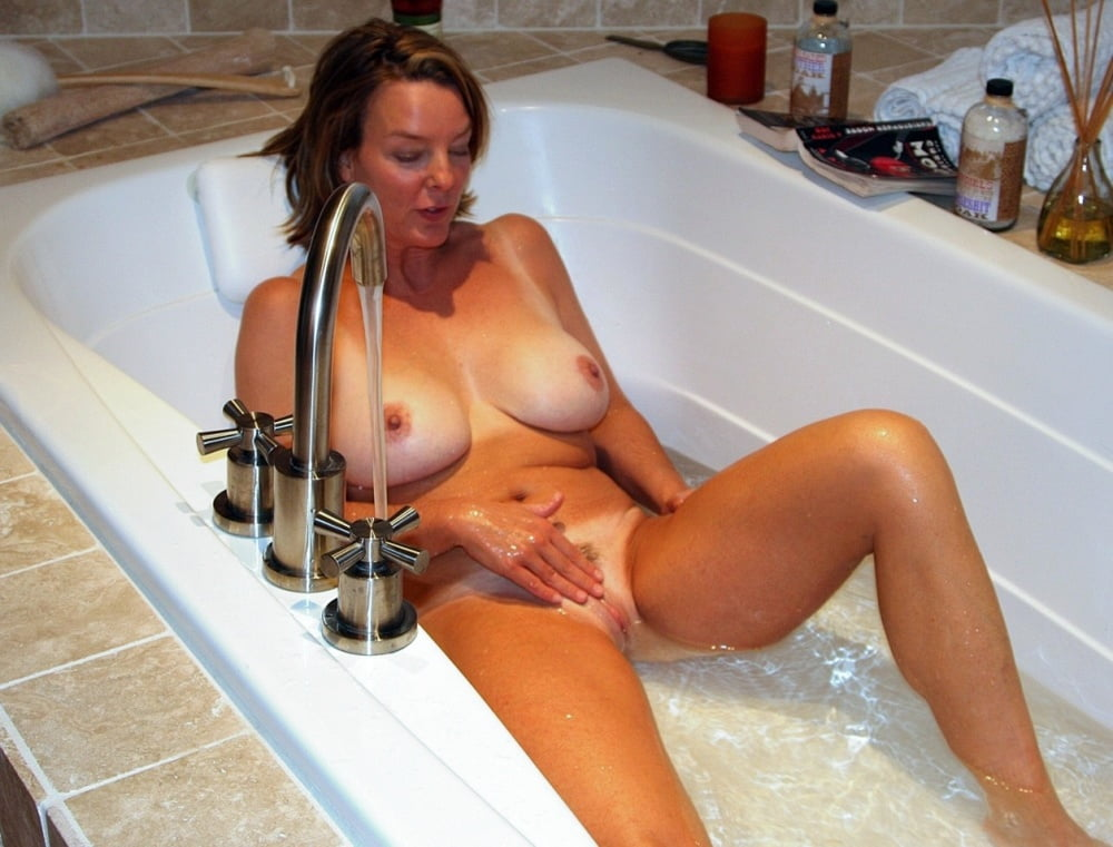 Popular shower porn with sexy babes