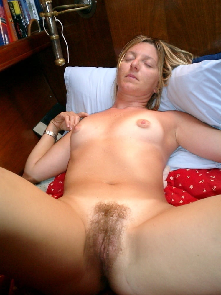 Naked ladies doing sex