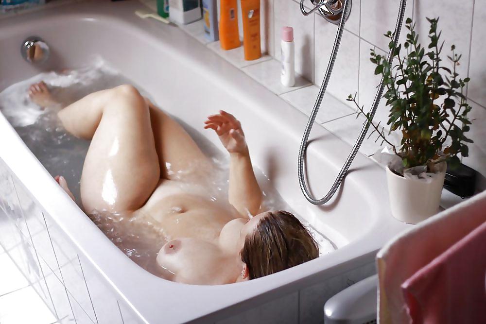 Black woman nude bath