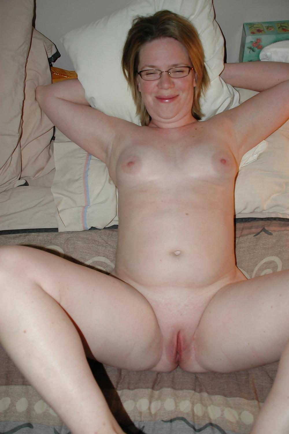Lynnette amateur nude checkers