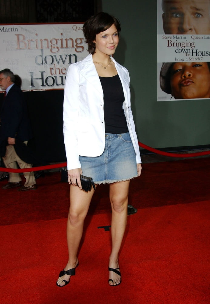 Mandy Moore - Bringing Down The House Premiere (2 March 2003 - 9 Pics