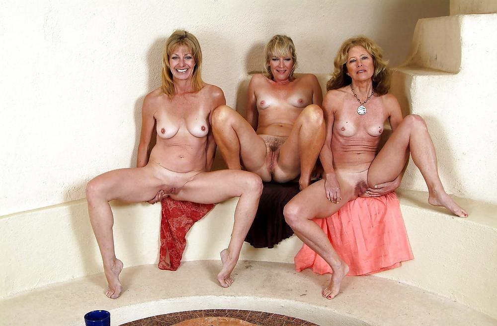 Порно фотографии женщин бальзаковского возраста в бане про