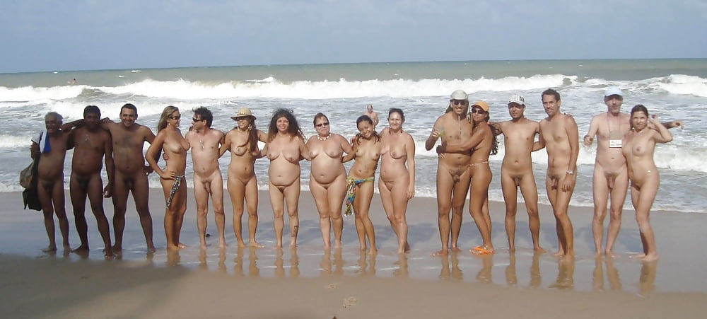 nude-beaches-in-brazil-family