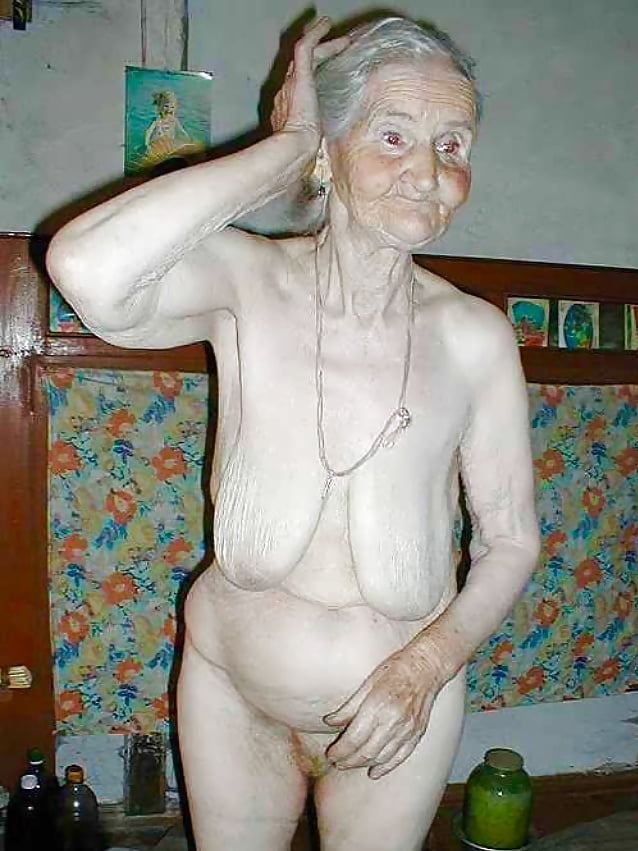 Horny old granny woman pussy toying