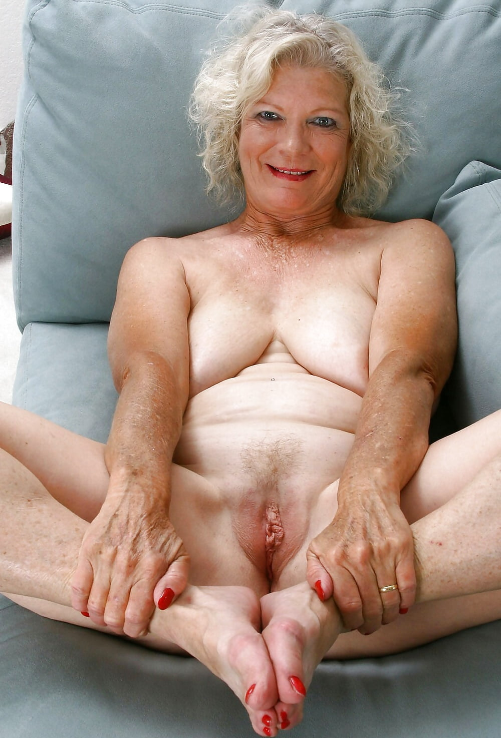 Flexible sexy older women 13