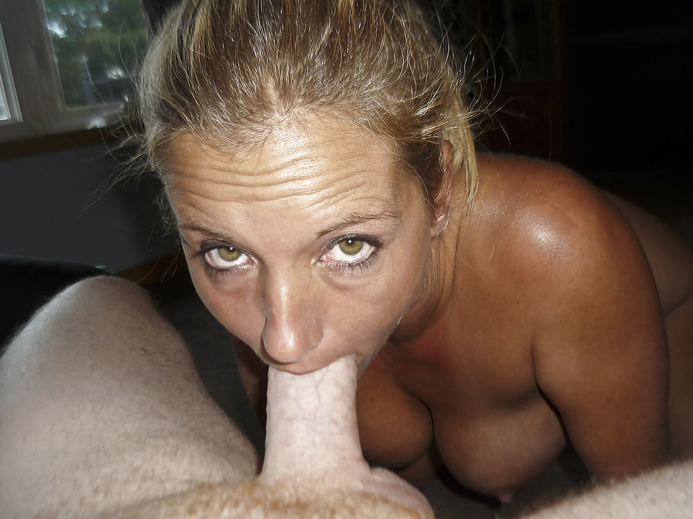 Amateur wife gives blowjob-6354