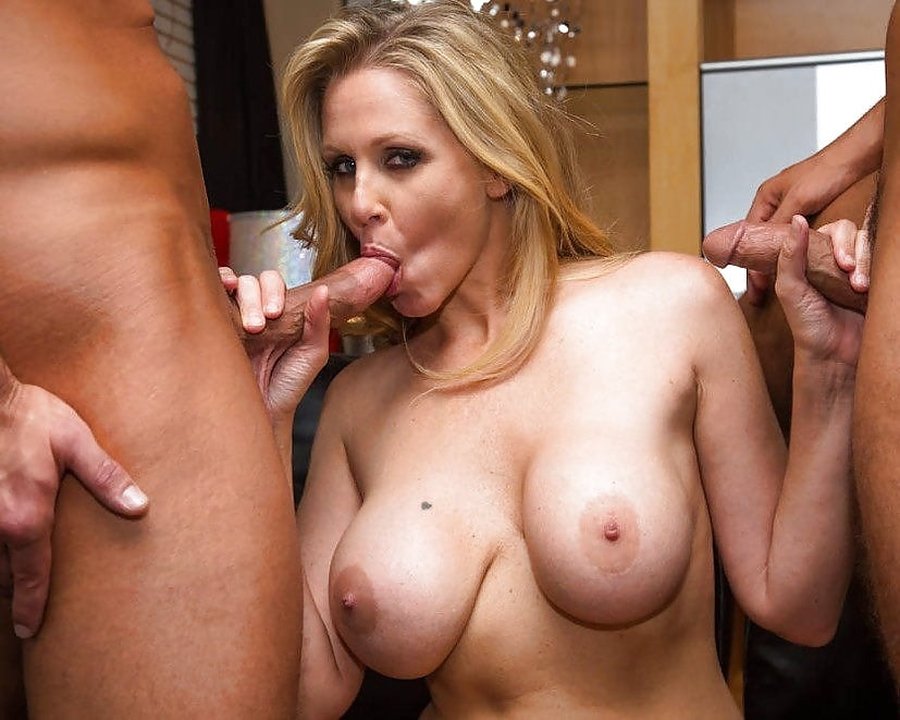 redtube-sexy-housewives-threesome