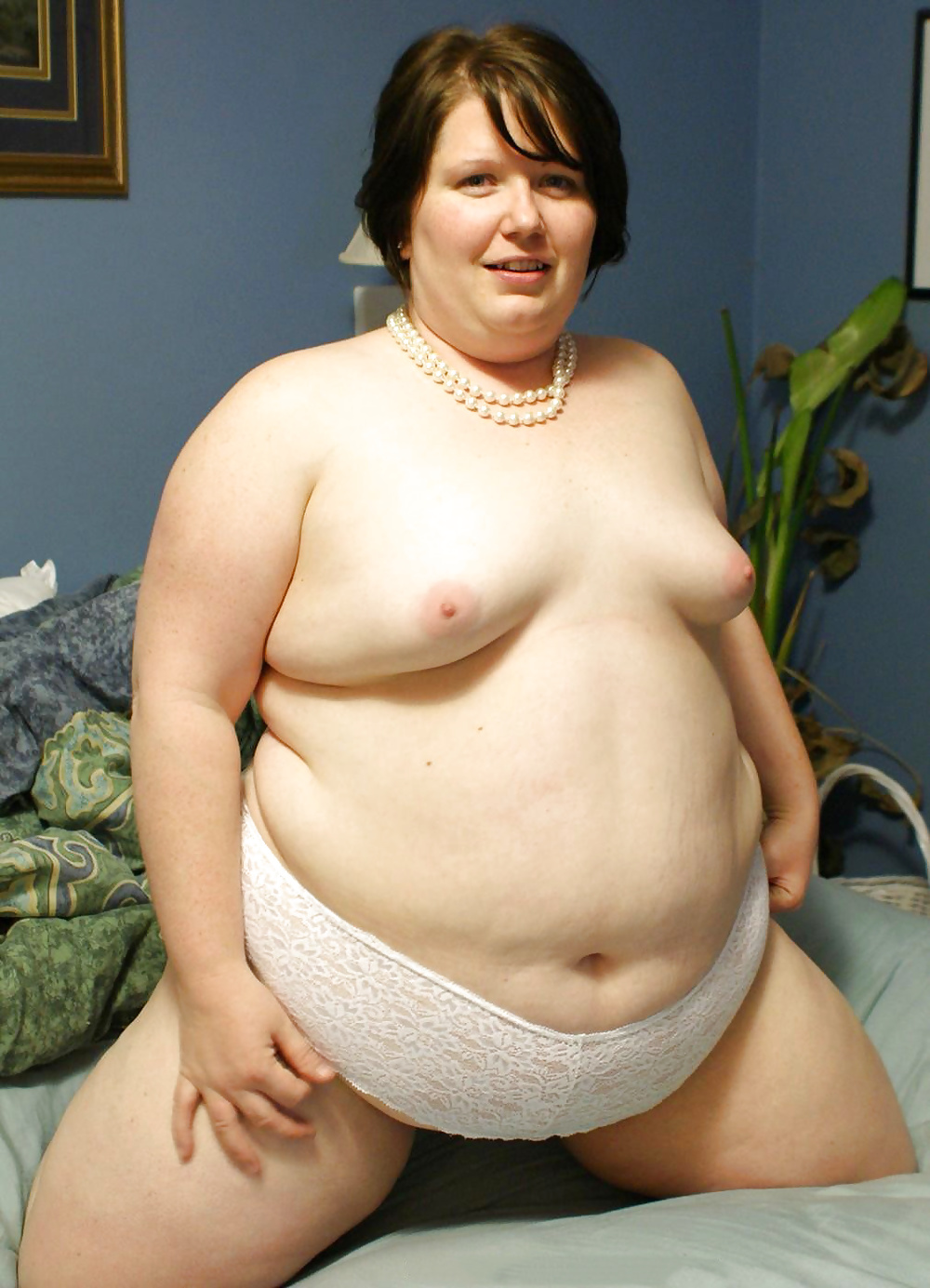 bbw-little-tits-petite-young-pussy