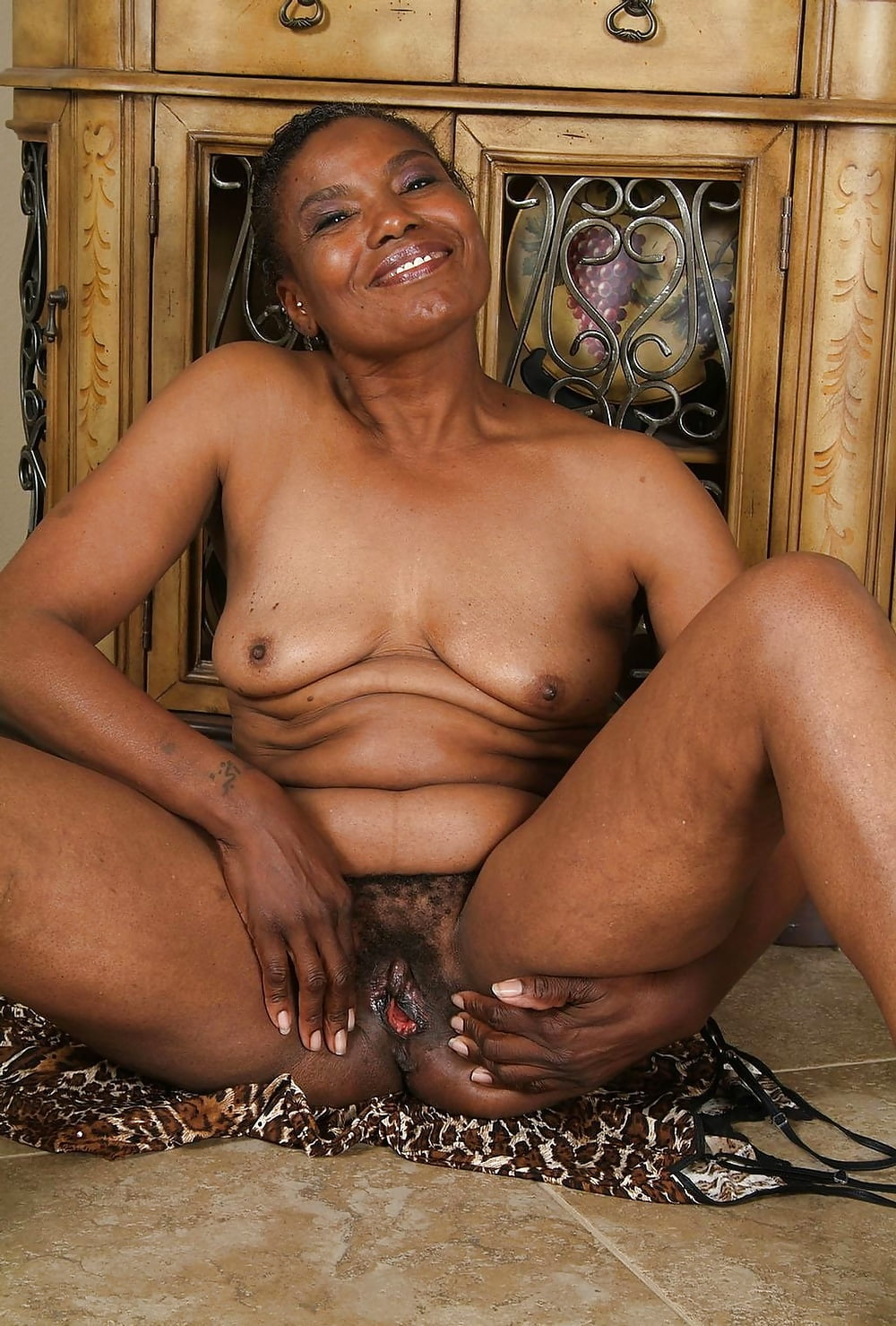 ebony-grandmother-porn
