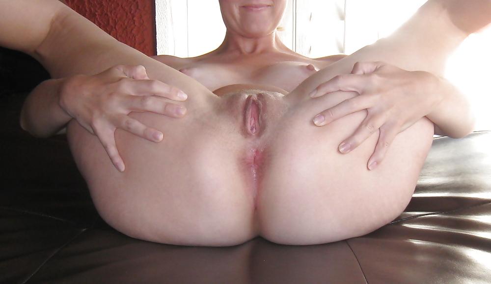 Naked moms butt hole cum #2