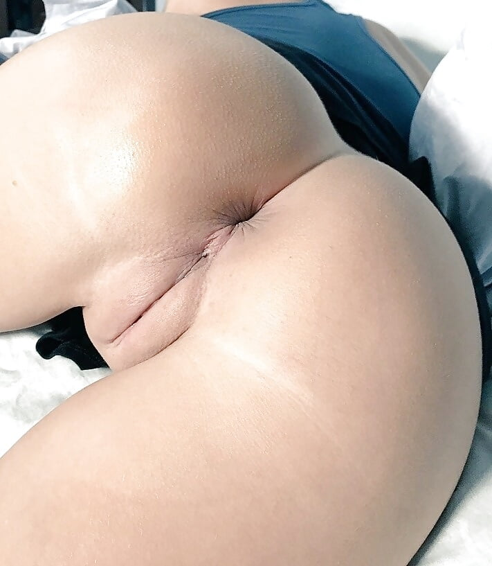 Pretty Pussy And Ass