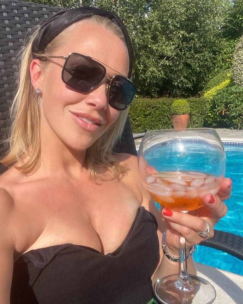 Sexy Laura Hamilton