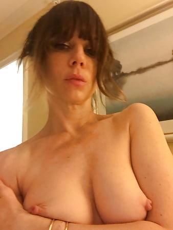 women bending over naked tan