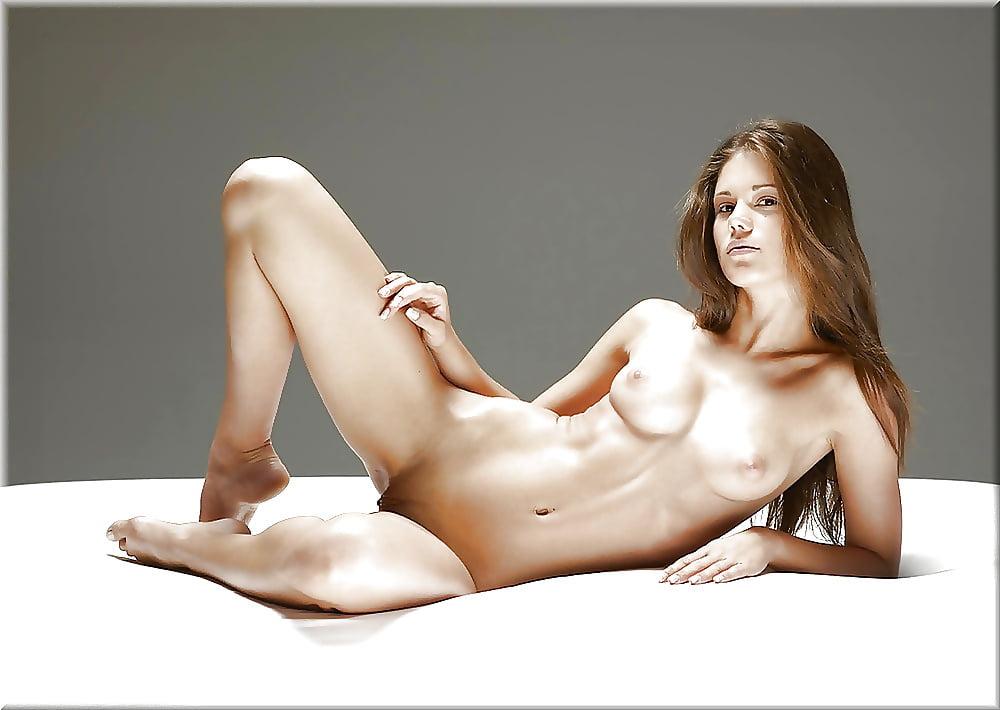 Naked cute girl pic-7548