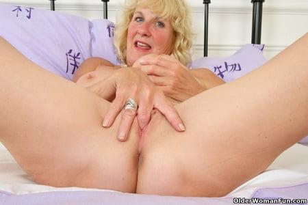 british mature milfs from olderwomanfun
