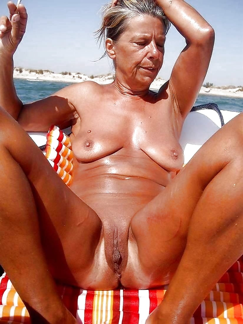 Mature Naked Beach Pictures