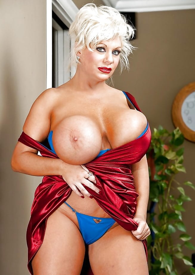 busty-claudia-marie-nude-virgin-vagina-nude-female