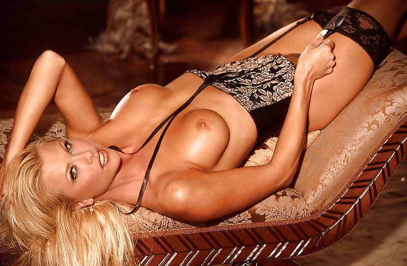 Lisa Dergan Nude