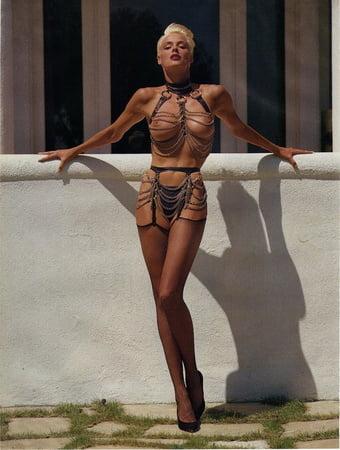 Niesen nackt brigitte Brigitte Nielsen