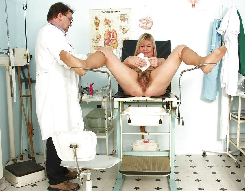 бреет пизду, секс камеры в кабинете у гинеколога неё проблемы