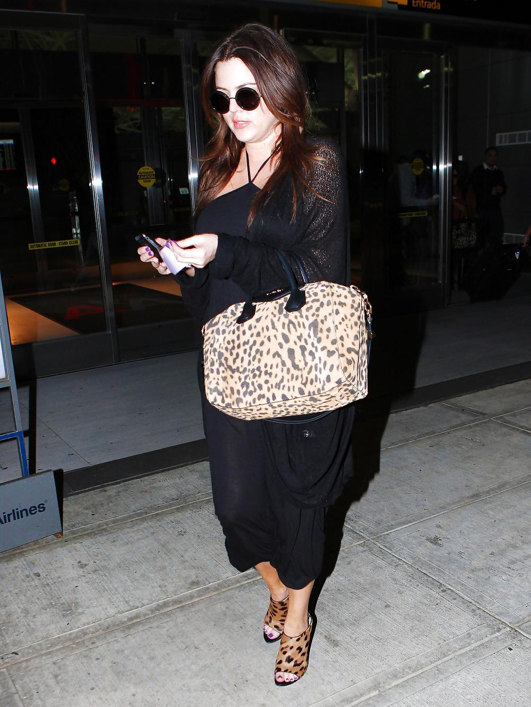 Kardashian naked pics-6513