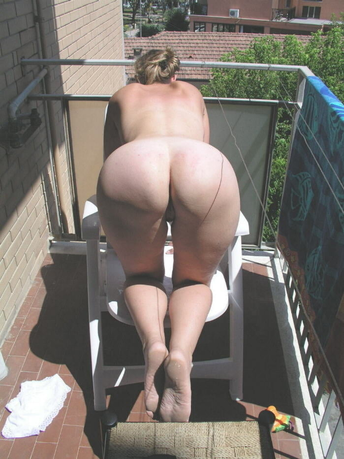 Milf public big ass voyeur