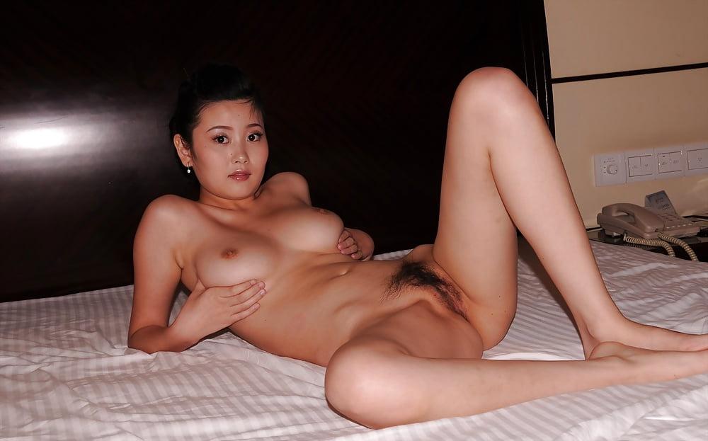 macau-naked-women