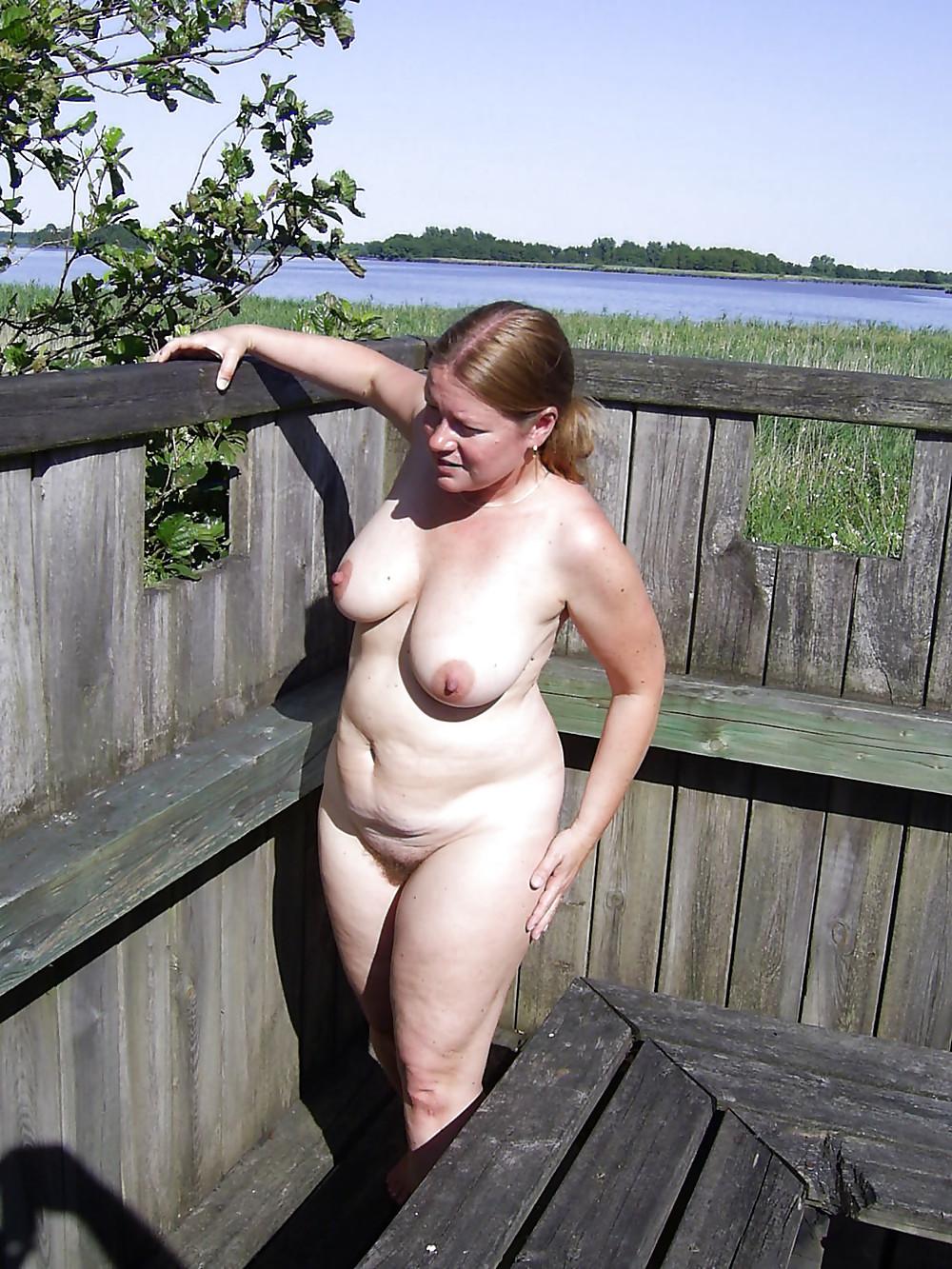 Деревенские женщины в возрасте голышом, климова в эро сценах