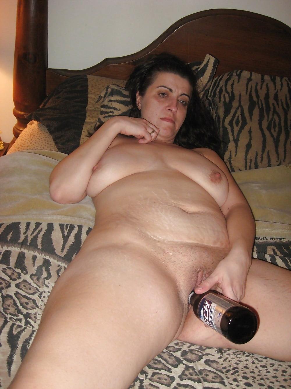 зрелые увеличенное фото пышки мастурбируют большими предметами мужчина