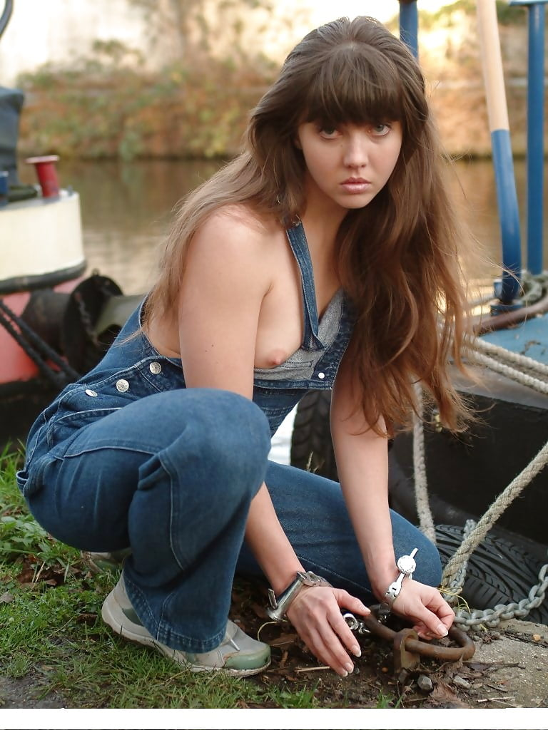 rosaleen-young-gallery-young-asian-ladies-nude