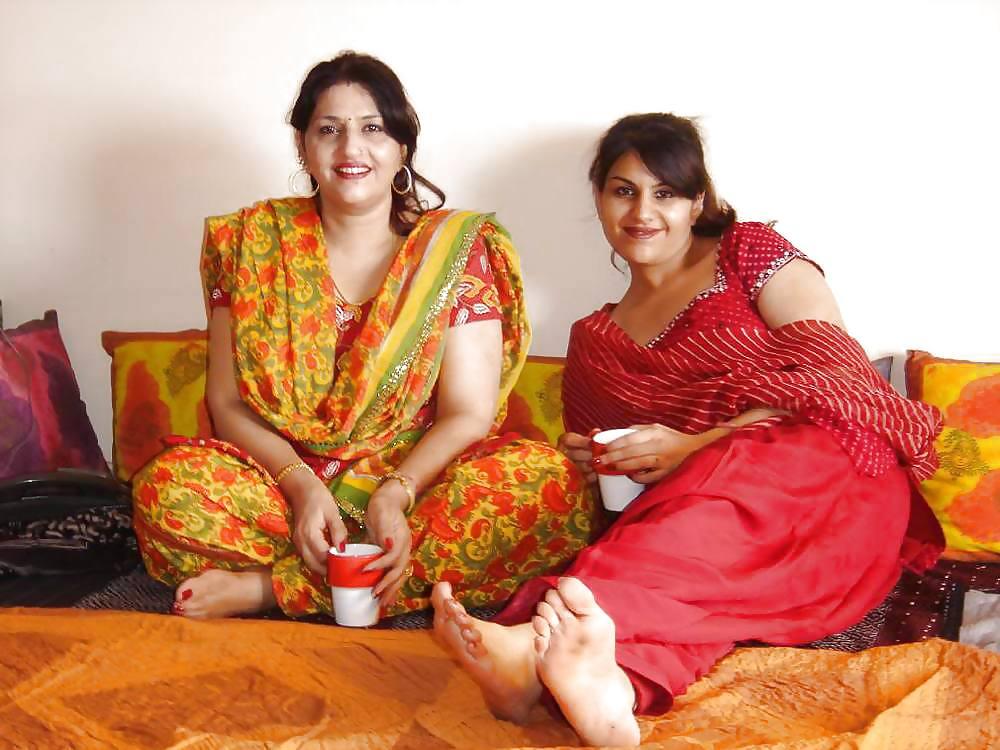 Pakistani Girls Feet