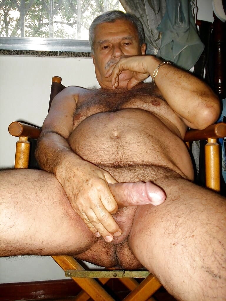 Nude arab daddy