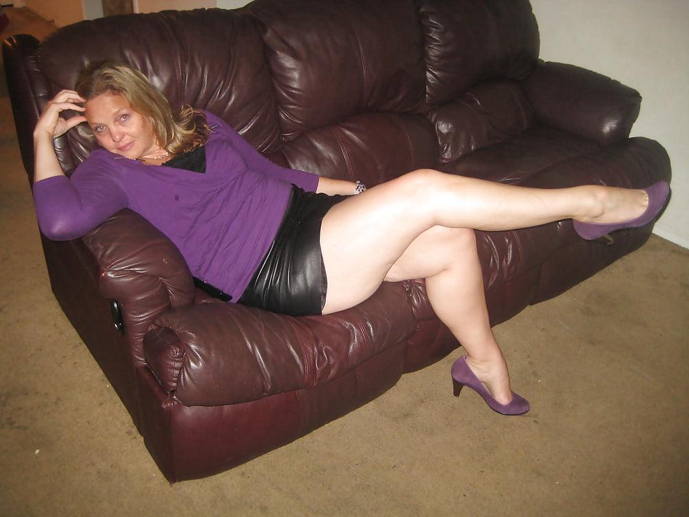 Mature porn in thongs