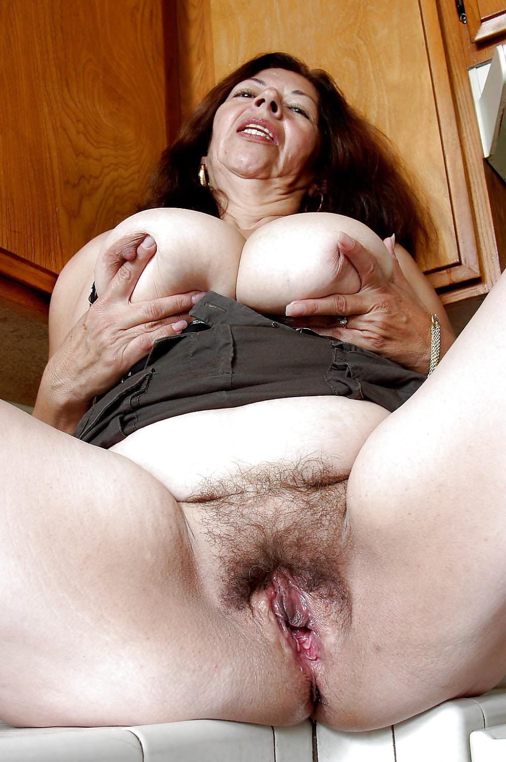 Natural mature women pics-9236