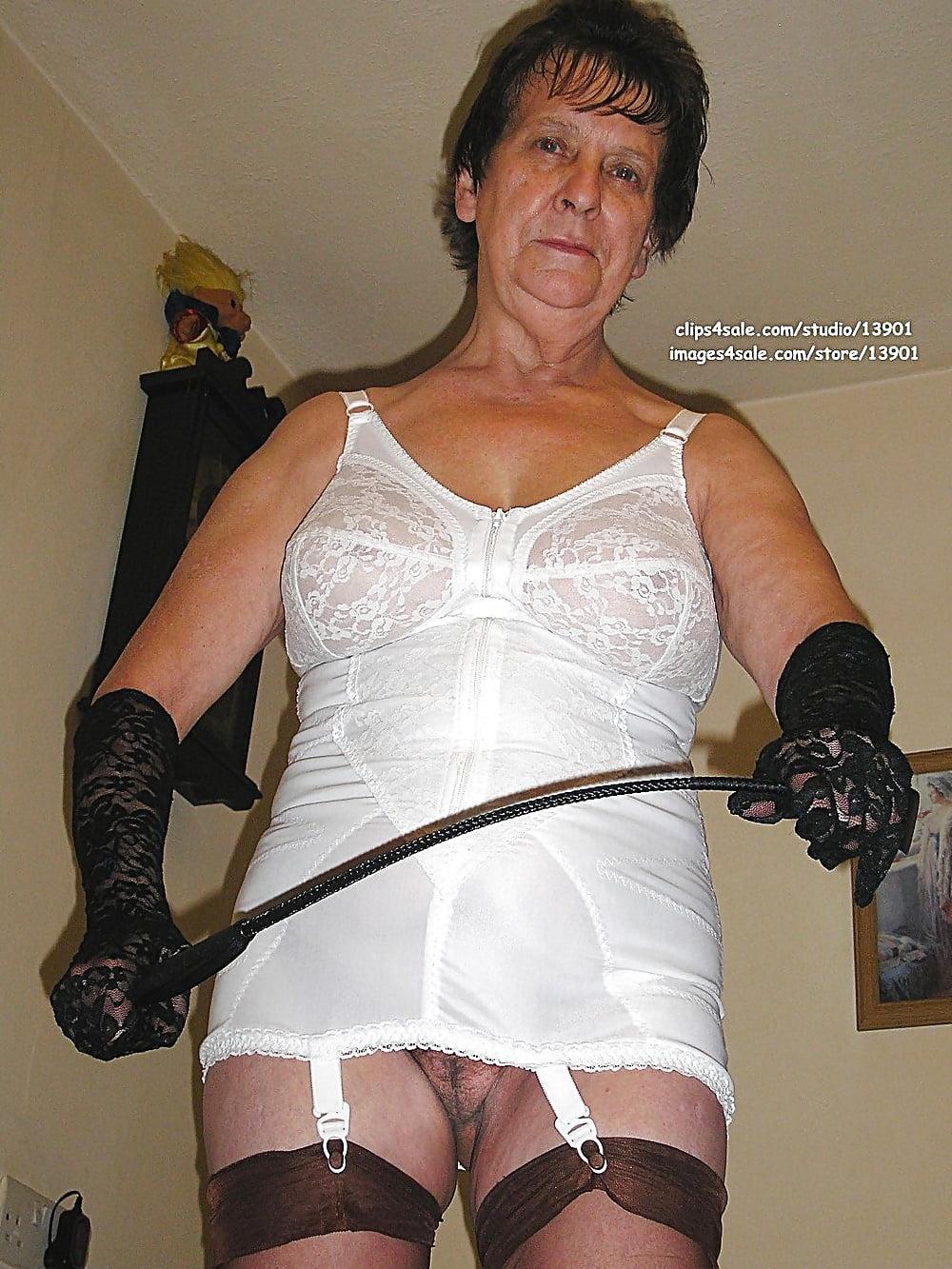 girdle-video-granny-mature